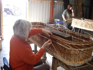 WEave a willow coffin course beginning of Day 2